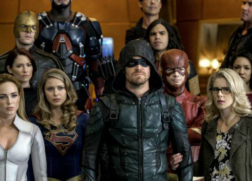 Crisis on Earth X DC Crossover Trailer