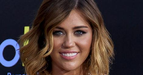 Miley Cyrus and fiancé Liam Hemsworth call it quits