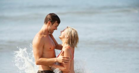 Movie review: Safe Haven layers surprise upon surprise