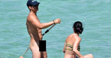 Orlando Bloom got naked on a paddle board with Katty Perry and everyone's freaking out