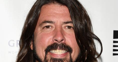 Watch Dave Grohl kick ass on stage despite broken leg [VIDEO]