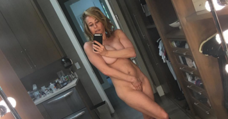 ​Chelsea Handler sends naked selfie to Reese Witherspoon [PHOTOS]