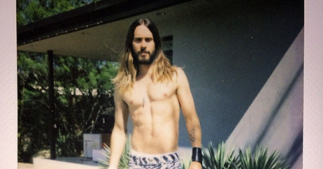 Topless Rihanna, plus other celebrity Easter x 4/20 Instagrams