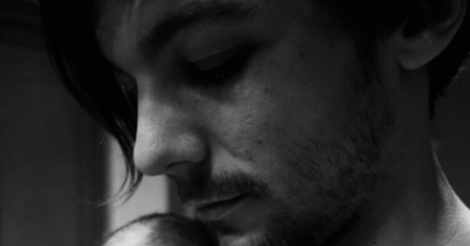 One Direction's Louis Tomlinson shares son's first photo — see it here!