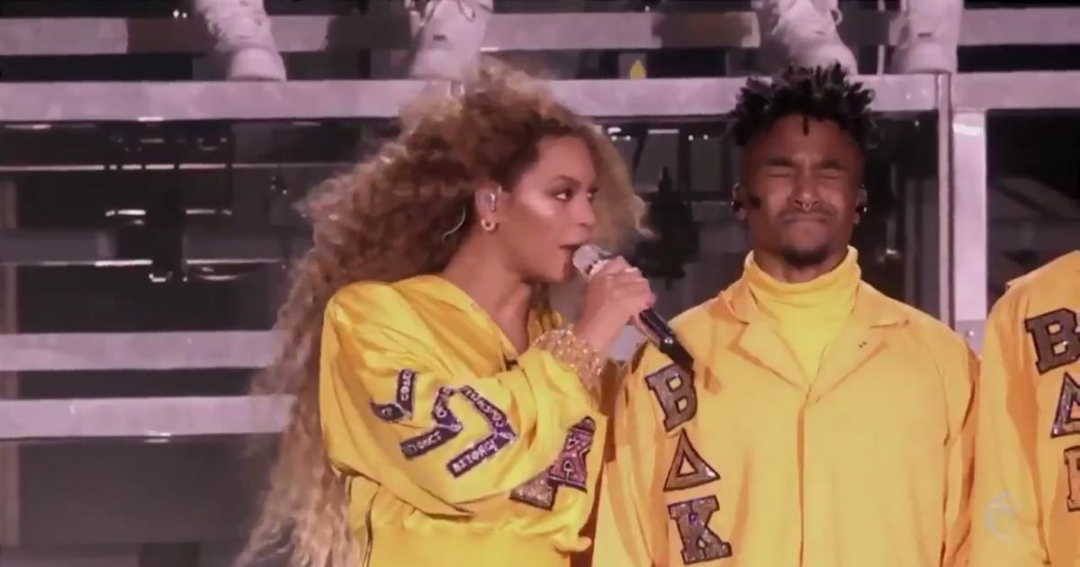 Beyoncé Reunites Destiny's Child at Coachella