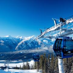 Best underrated ski and snowboard resorts in the world from Chile to Wyoming! 160009