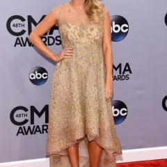 Country Music Awards' best and worst red carpet fashion moments [GALLERY] 249147