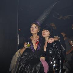 Le party d'Halloween le plus HOT dans le club le plus IN de Montréal 396128