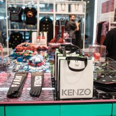 La nouvelle collection KENZO transforme le H&M en HUNGER GAMES! 396709