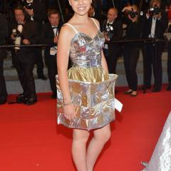 Quebec director Xavier Dolan's Mommy wows at Cannes, delivers crazy red carpet [GALLERY] 199592