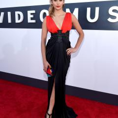 Nina Dobrev: It could have been a little more fun, but this gown totally works for Nina.