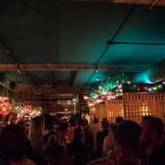 Un bar montréalais t'invite à son grand tiki brunch